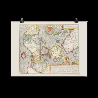 Tryckt poster över Danmark och södra Sverige. Orginalet publicerades omkring 1588 av Georg Braun och Franz Hogenberg.